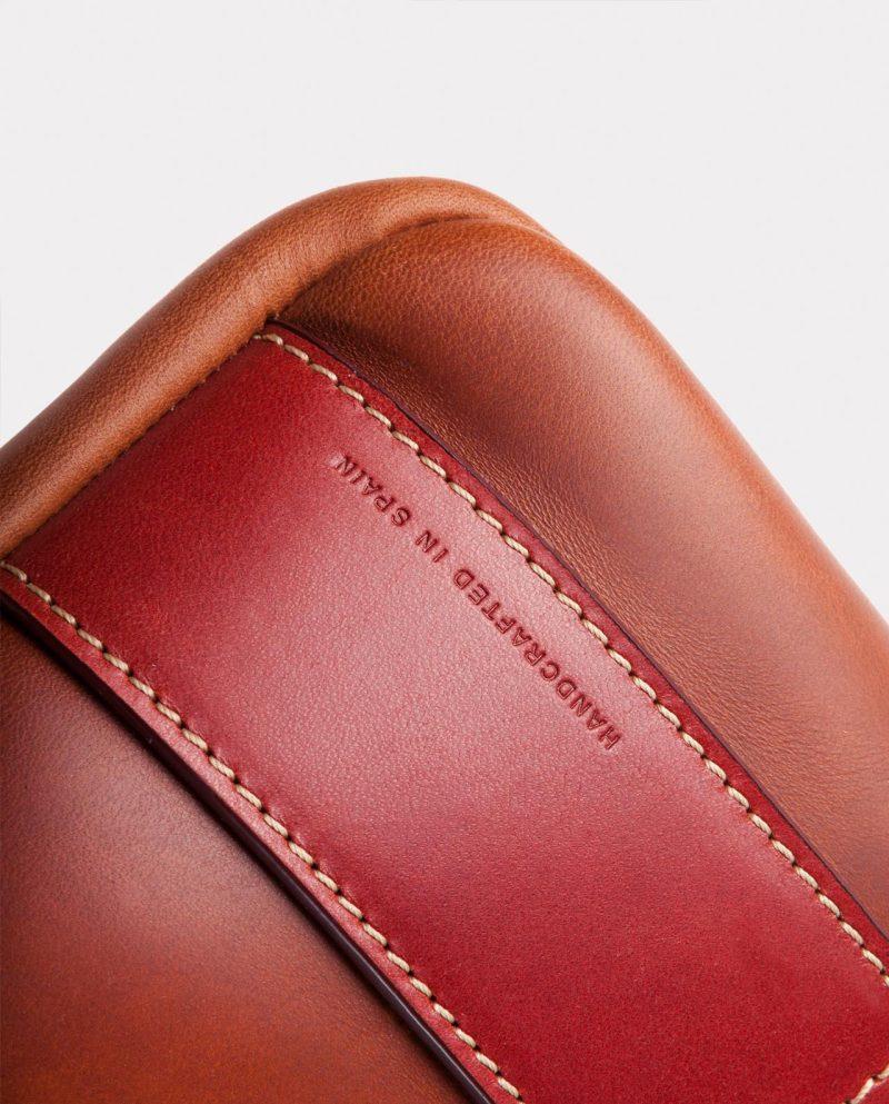 leather portfolio-brown bottom side detail