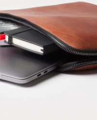 leather-portfolio-brown-inside-detail