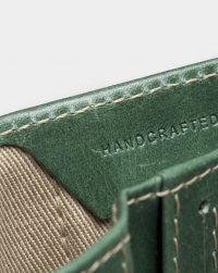 slim-wallet-green-detail