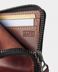 zip-wallet-red-inside-detail