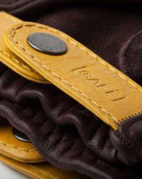 driving-gloves-black-coffee-leather-detail-bottom-wrist-logo