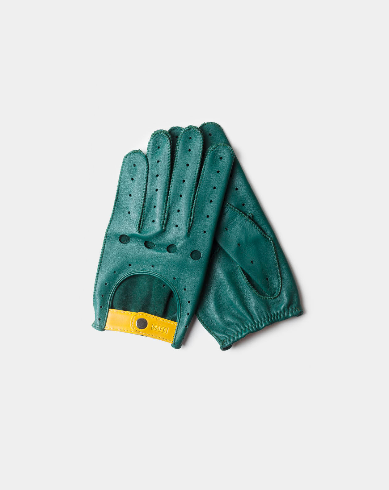 driving gloves green handcrafted in Spain