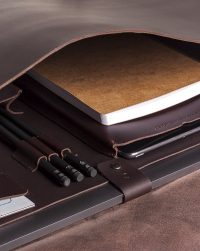 leather-briefcase-compartment-detail