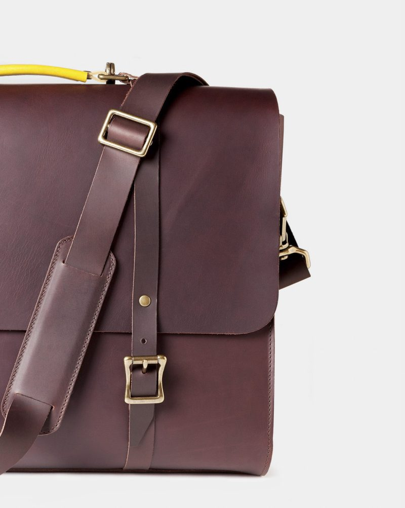 leather briefcase messenger