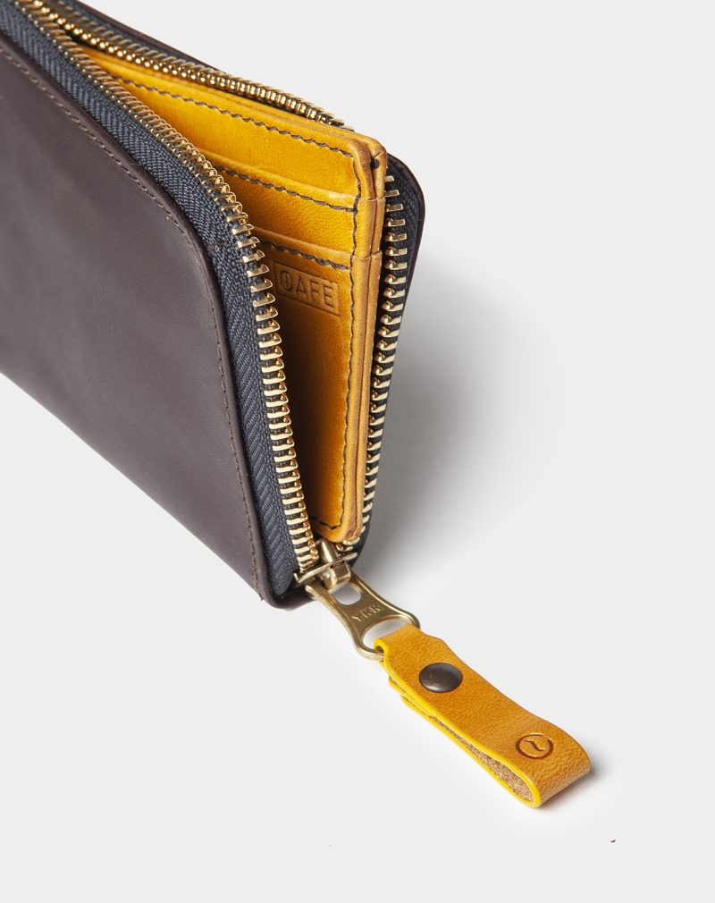 leather zip wallet black coffee open