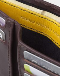 leather-billfold-detail
