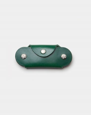 leather keycase green closed