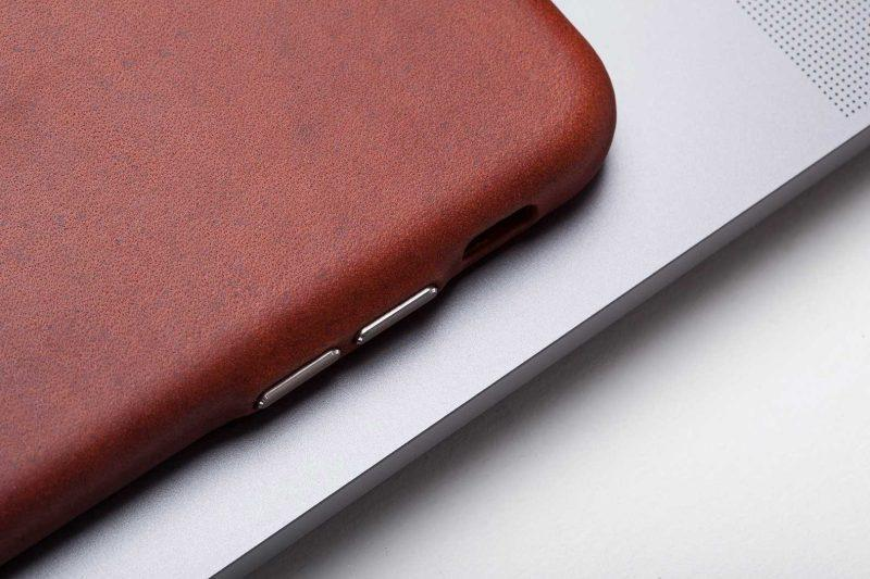 iphone case brown