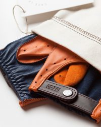 driving-gloves-orange-blue-leather-detail
