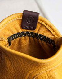 elkskin-gloves-yellow-leather-tag-detail