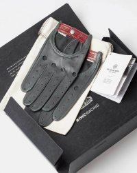 iwc-driving-gloves-package-top
