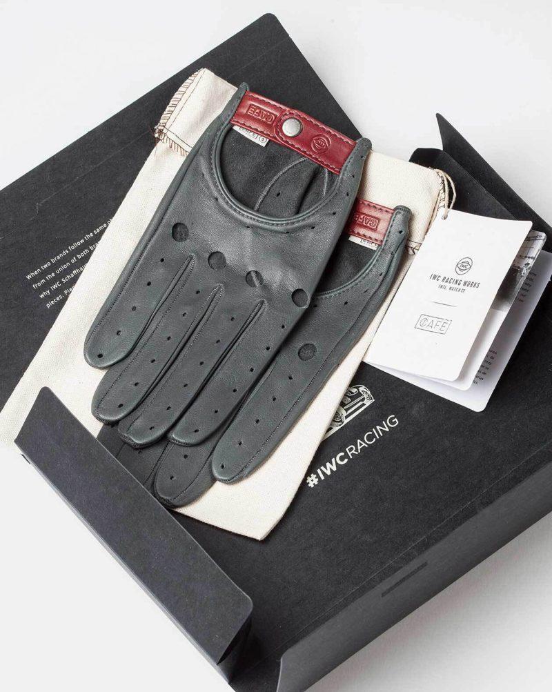 Colección de guantes IWC y Café Leather