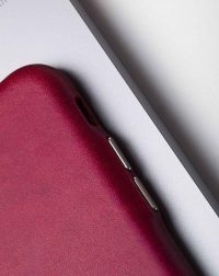 iwc-iphone-case-leather-side-detail2