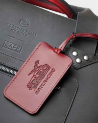 iwc-luggage-tag-red-detail