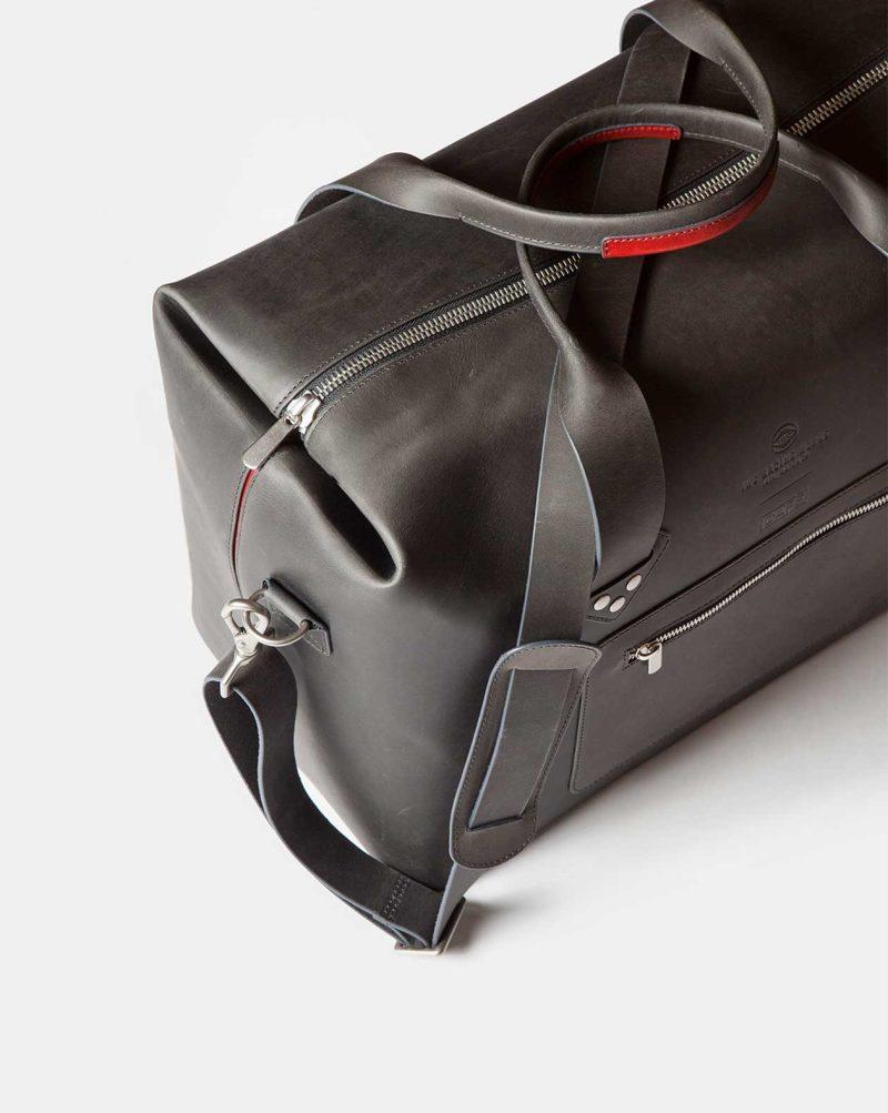 iwc travel bag top detail