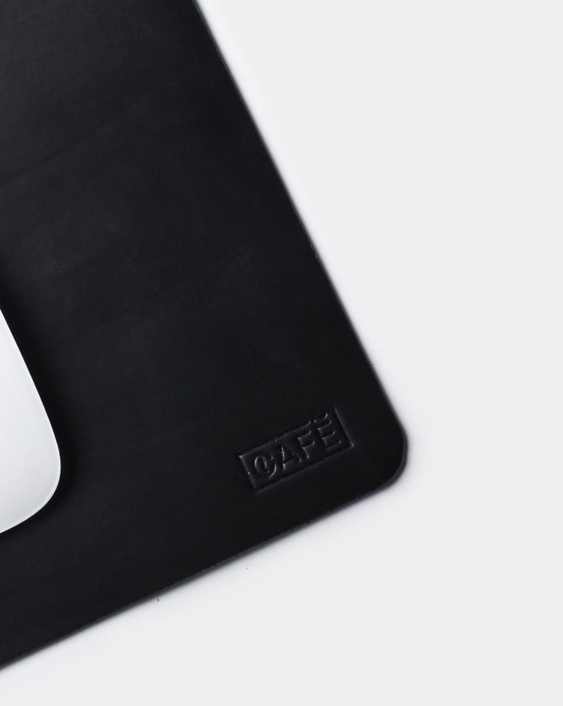 mouse pad cafe detail