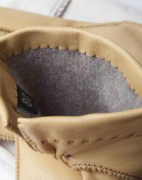 winter-gloves-cream-detail