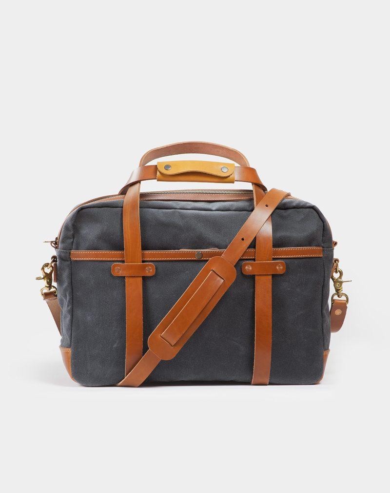 24h travel bag back